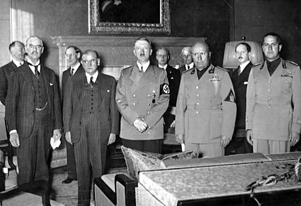 Signing the Agreement - Chamberlain, Daladier, Hitler, Mussolini